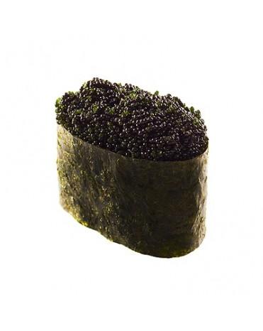 Нигири суши Тобико черная